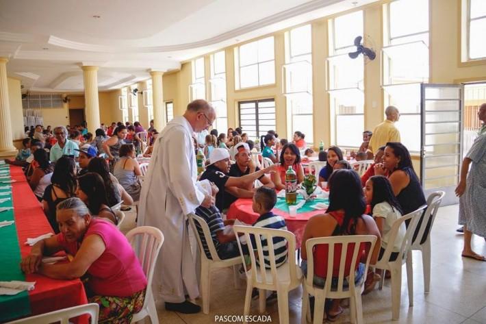 almoço_caritas..2015_002