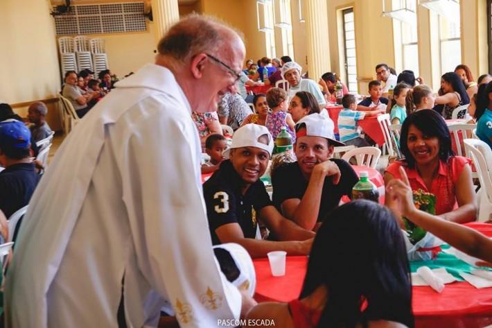 almoço_caritas..2015_013